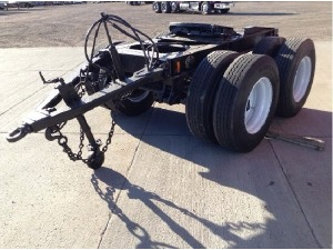 How to Avoid Being Distracted While Driving the Tandem Axle Dolly